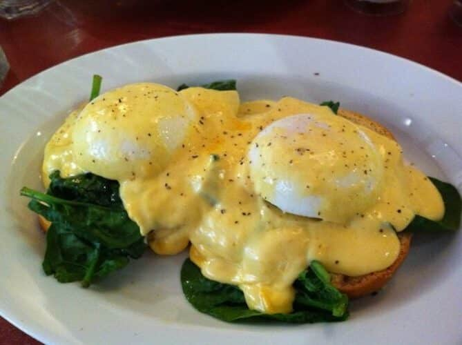 Eggs Florentine / Eggs Benedict with Paper-Thin Ham, Friday Night Snacks and More...