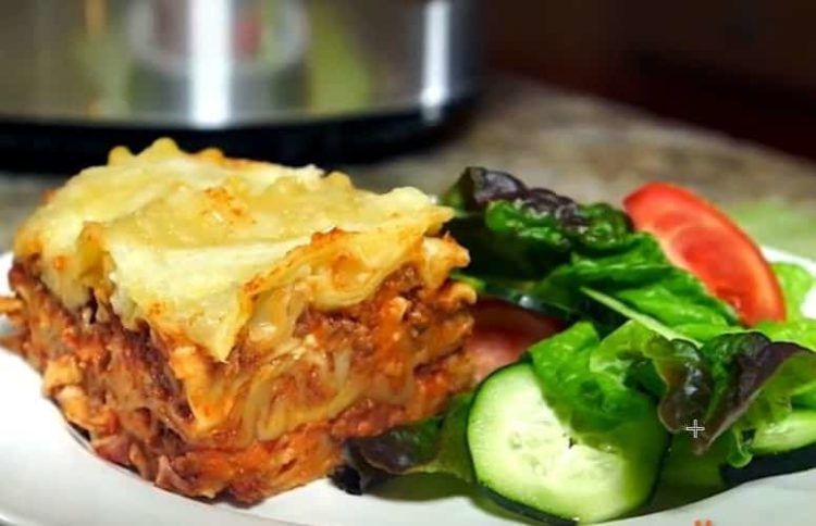 Slow Cooker Lasagna, Friday Night Snacks and More...