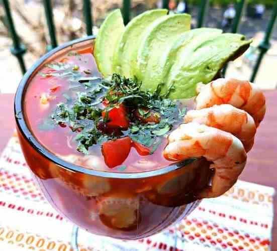 Mexican Shrimp Cocktail (Coctel de Camarones estilo Mexicano), Friday Night Snacks and More...